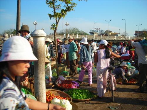 Hue_market